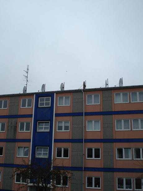 Parkvaenget-15-Paraboler-og-Antenne